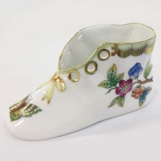 Herend Porcelain of Baby Shoe Queen Victoria
